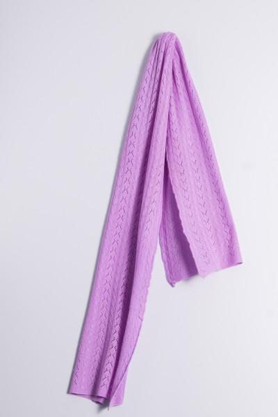 Écharpe en tricot torsadé lilas clair